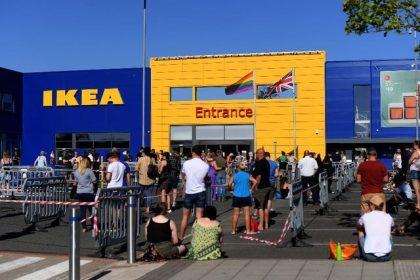 Social distancing shopping in IKEA